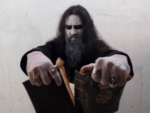 Interview avec le lead vocal d'un groupe de black metal chrétien : Cerimonial Sacred